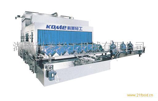 TG系列桶装线是专供水3加仑、5加仑桶装饮用水生产之用,整机集冲洗、灌装、封盖功能于一体,是矿泉水、蒸馏水、纯净水生产的理想设备,整体采用优质不锈钢、耐腐,易清洗,主要电气原件均采用SIEMENS、OMRON产品,气路系统采用AirTAC名牌产品。该机结构紧凑,占用厂房小,工作效率高且稳定可靠,自动化程。操作工人仅需二人,是机电气三位一体的全自动桶装设备。