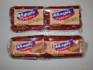 麦吉巧克力花生夹心饼干
