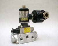 M15G-(8)-A(D)E12PU二位五通电磁阀